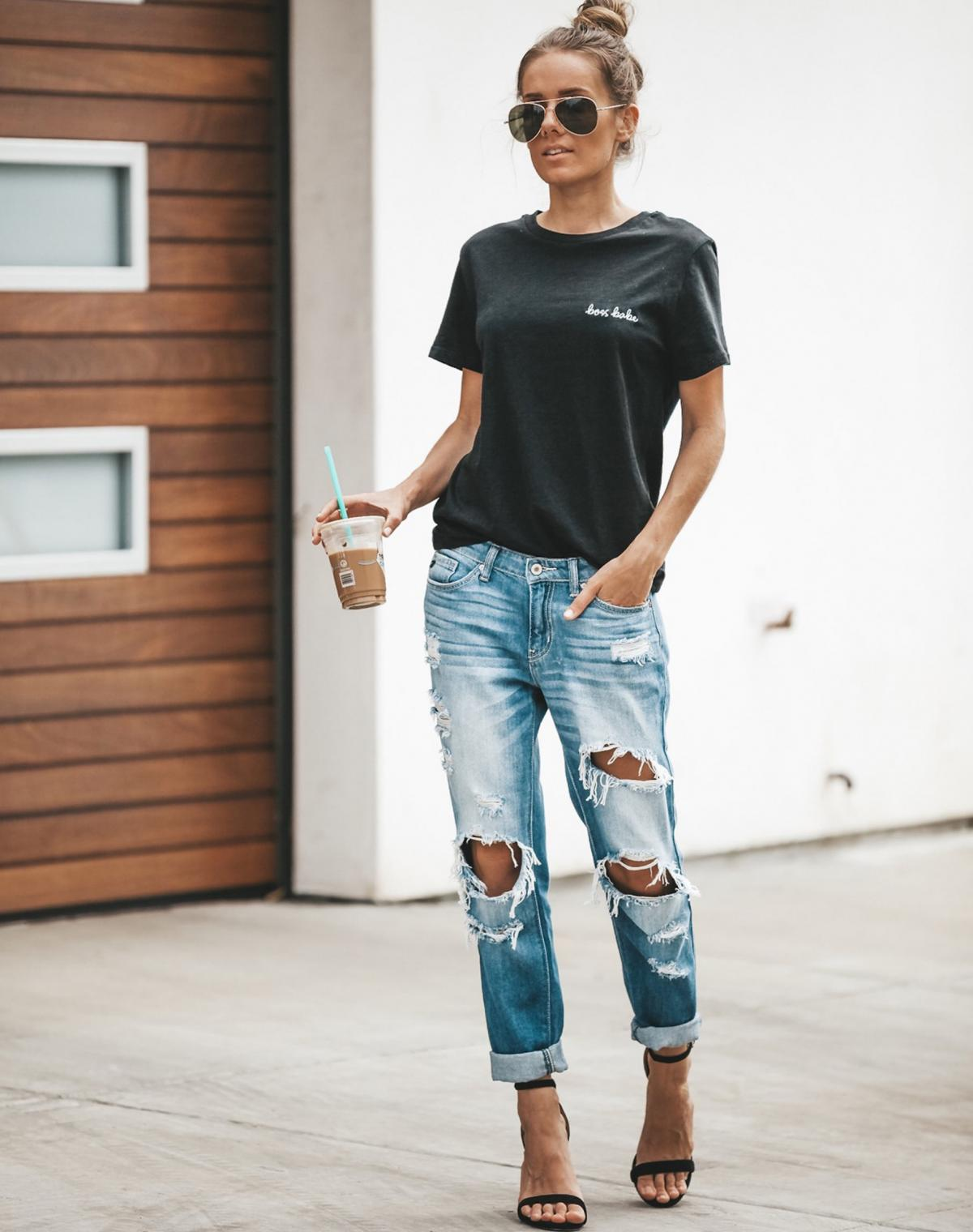 A wide-cut tee and ripped jeans and you're ready for a lazy weekend