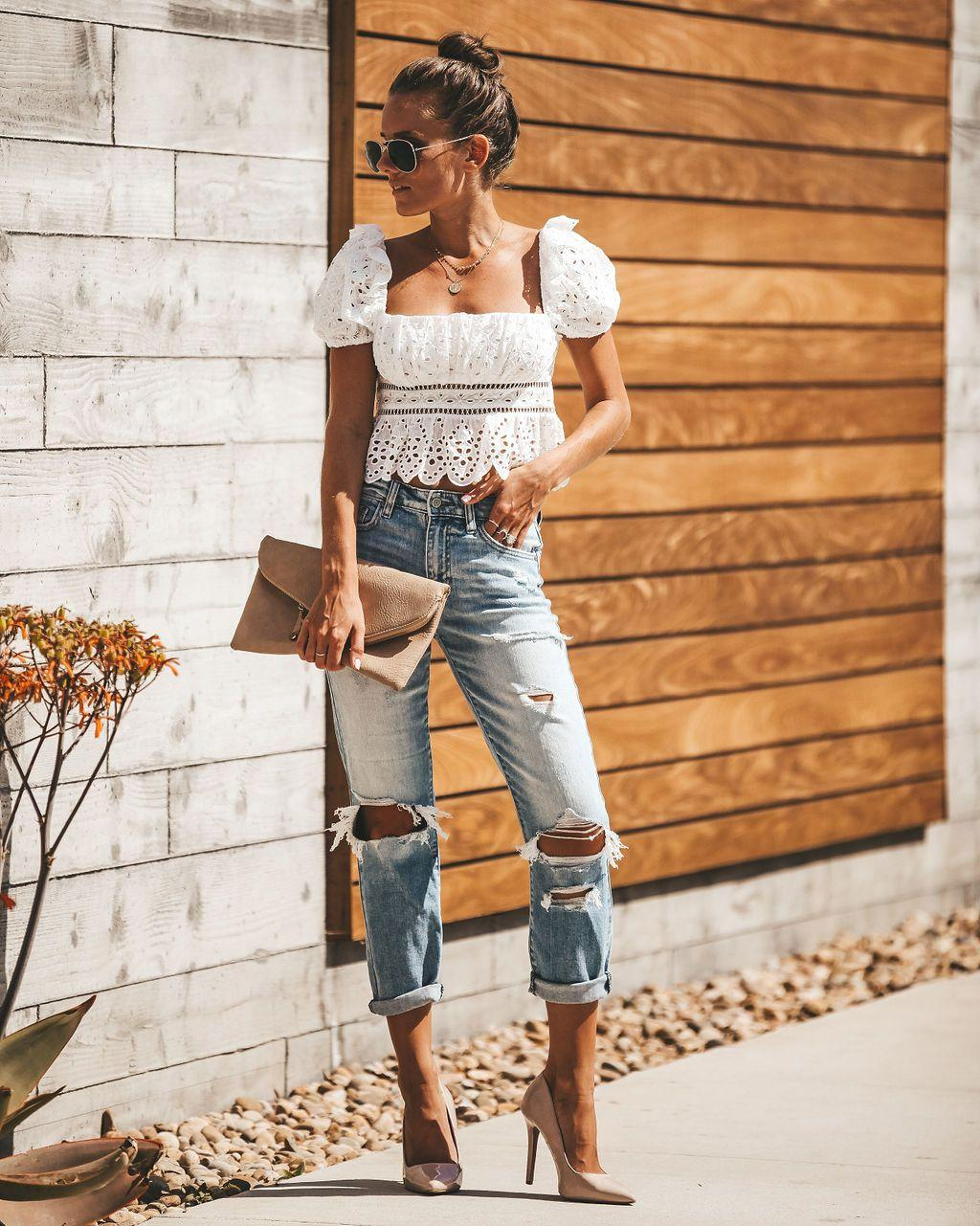 A fresh and stylish look for a relaxed summer getaway