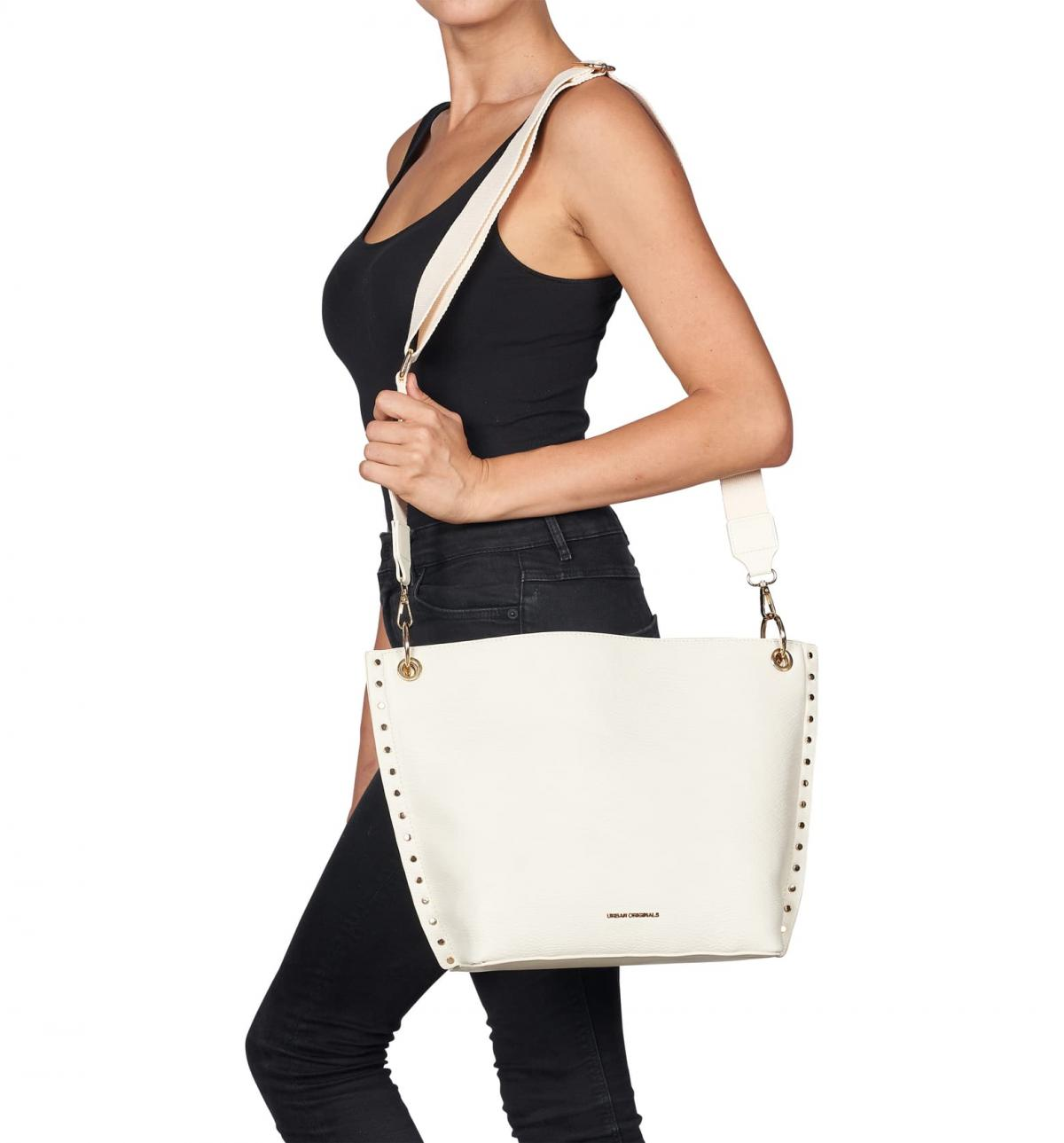 Incredibly stylish, fashionable and beautiful women's handbags for special occasions and for every day.