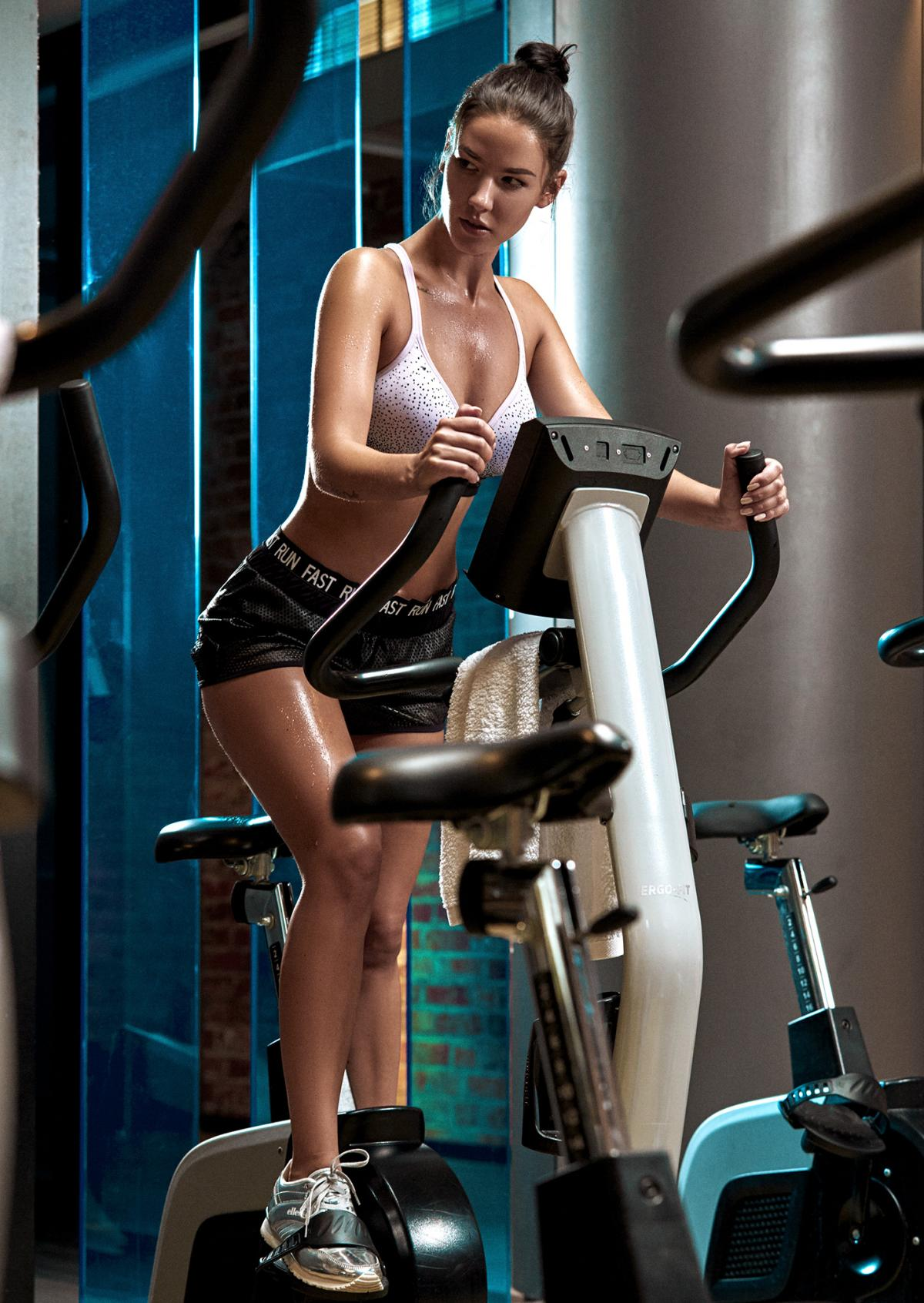 A healthy body, a beautiful body, a good mood and a desire to live, what other motivations do you need for sports?