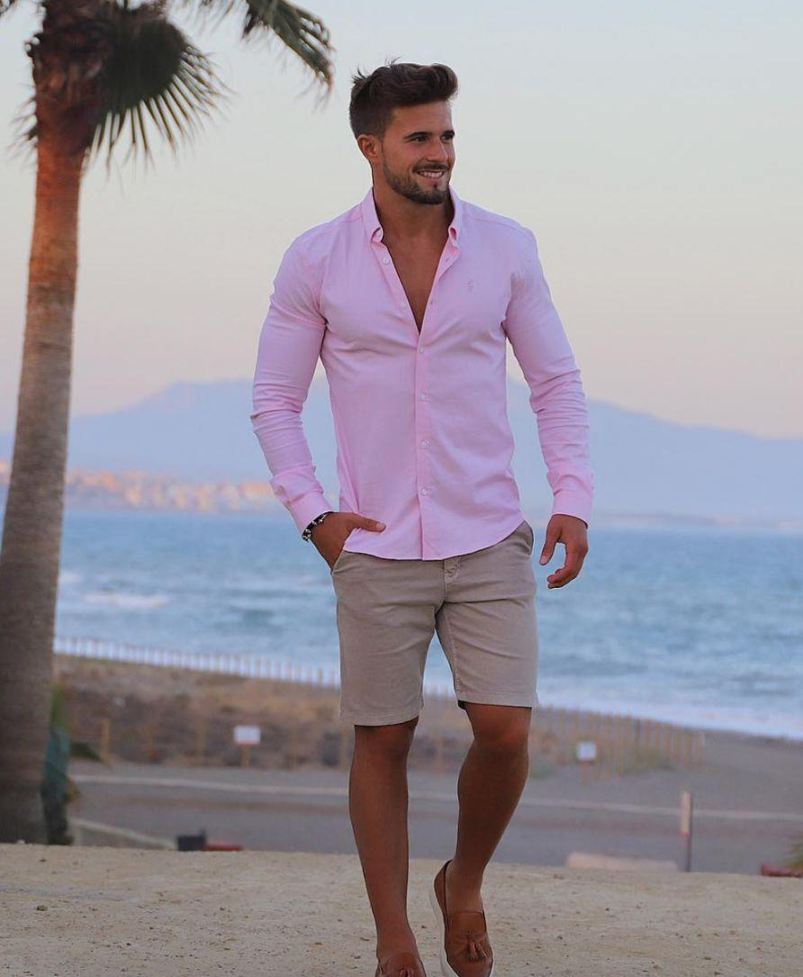 Tight pink shirt and grey shorts, why not?