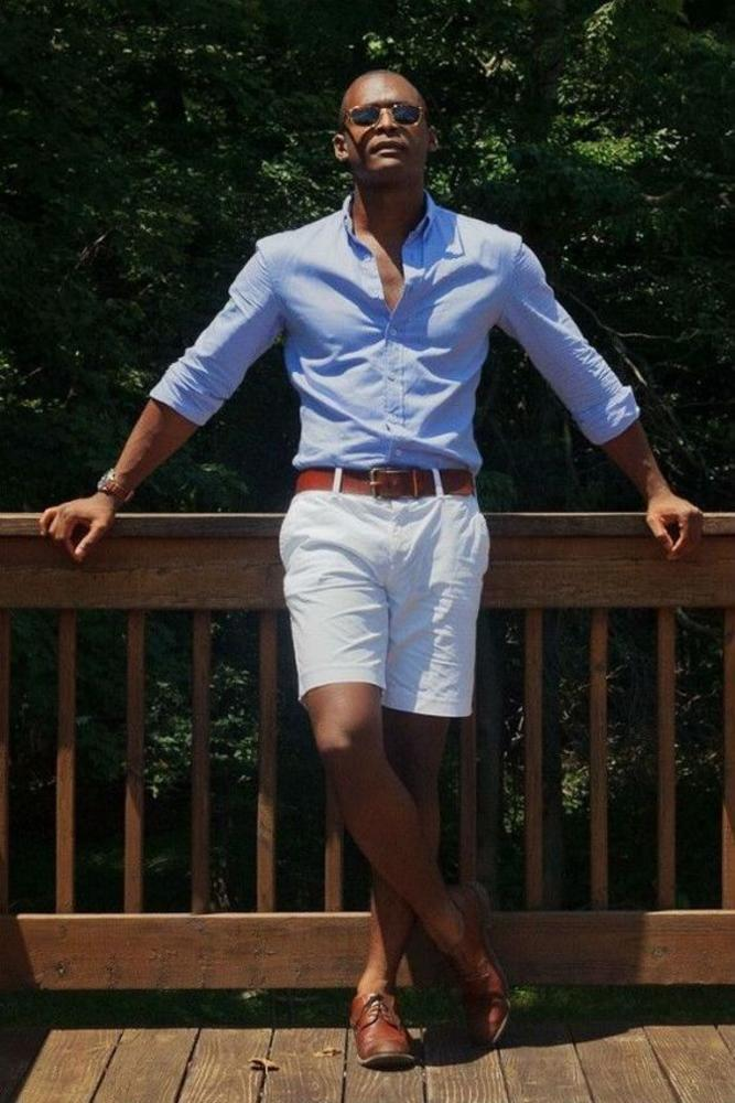 A great pair of blue shirt and white shorts for a relaxing walk along the beach