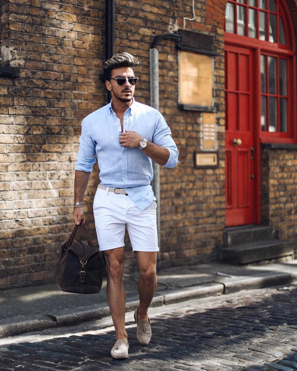 Another elegant outfit for summer travel. Blue shirt and white shorts - hit of the season