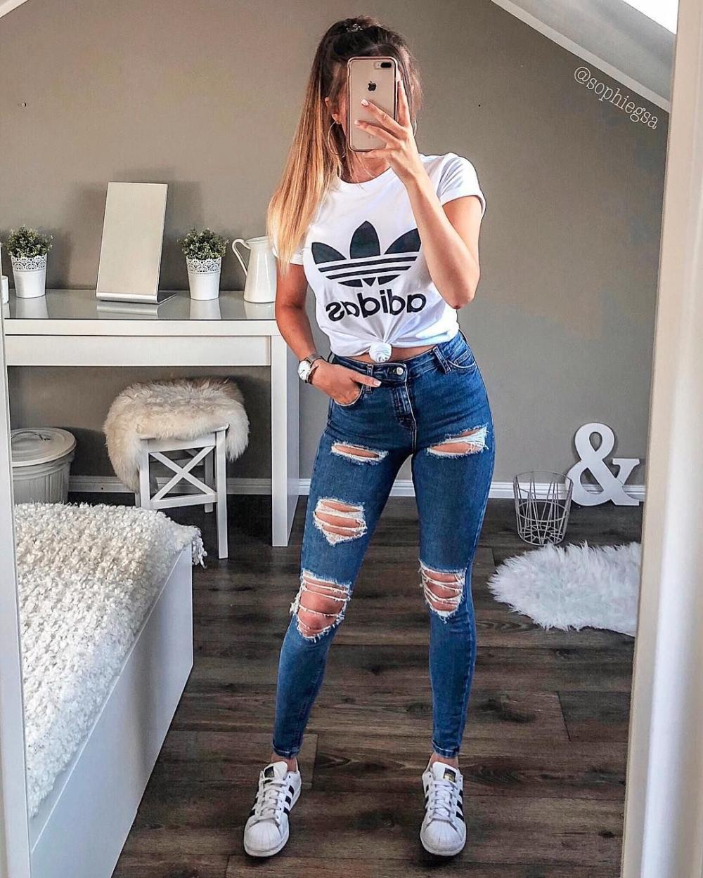 5 must-have clothing items from Adidas for every fashionista. Summer-autumn trends edition