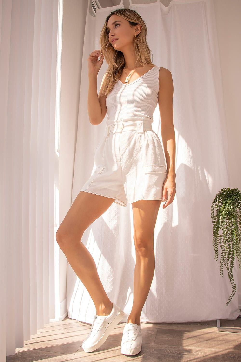 White cotton loungewear for lazy summer vacation