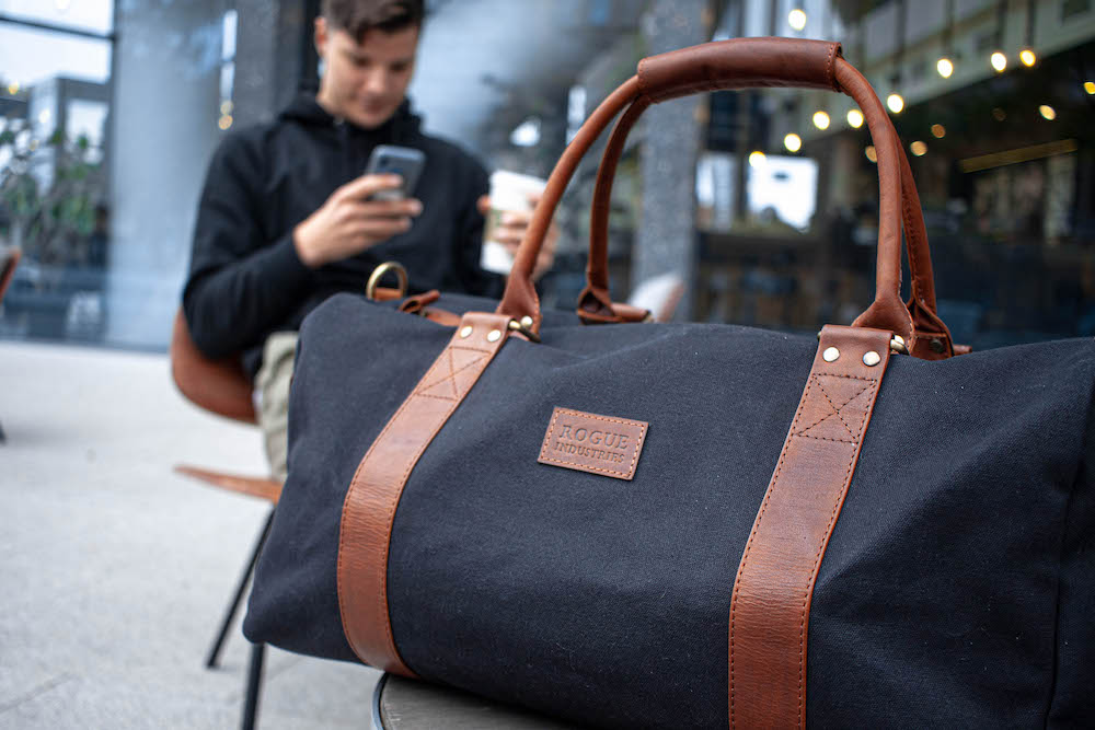 Men's bags as a fashionable and convenient accessory
