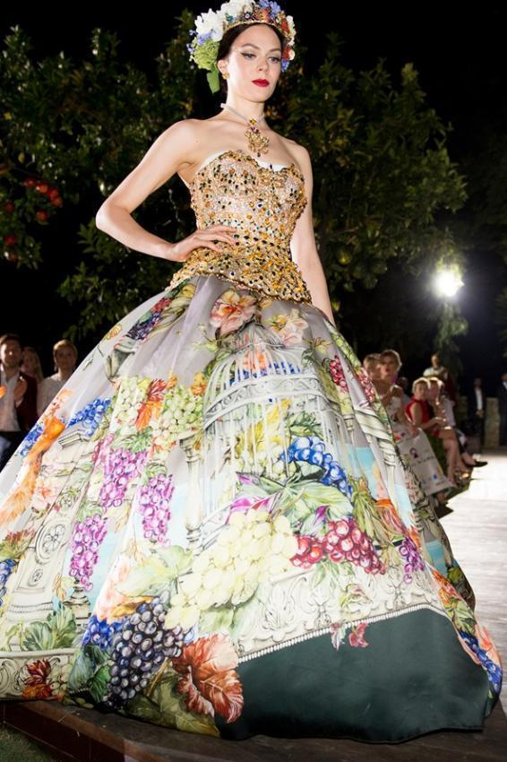 Dolce & GabbanaAlta ModaAutumn/Winter 2015-16