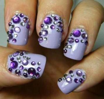 Purple nails. The trend of this season