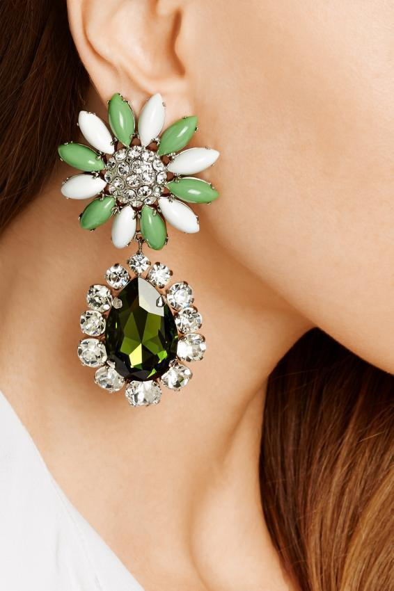 Compilation of beautiful earrings from the famous brands