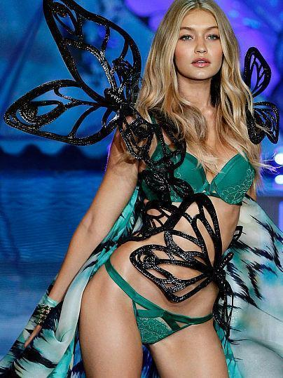 Victoria's Secret Fashion Show 2015. The brightest moments