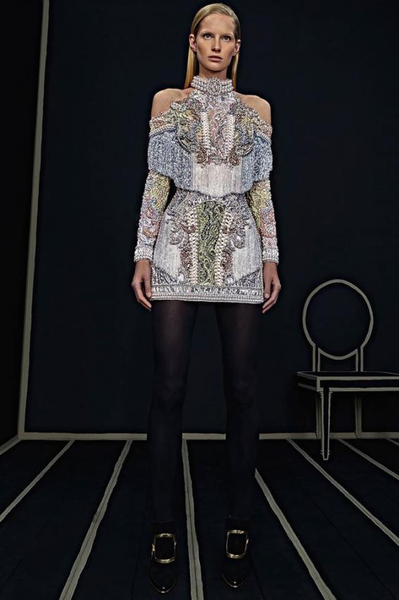 BALMAIN Versailles' Opulence Pre-Fall Collection 2016-2017
