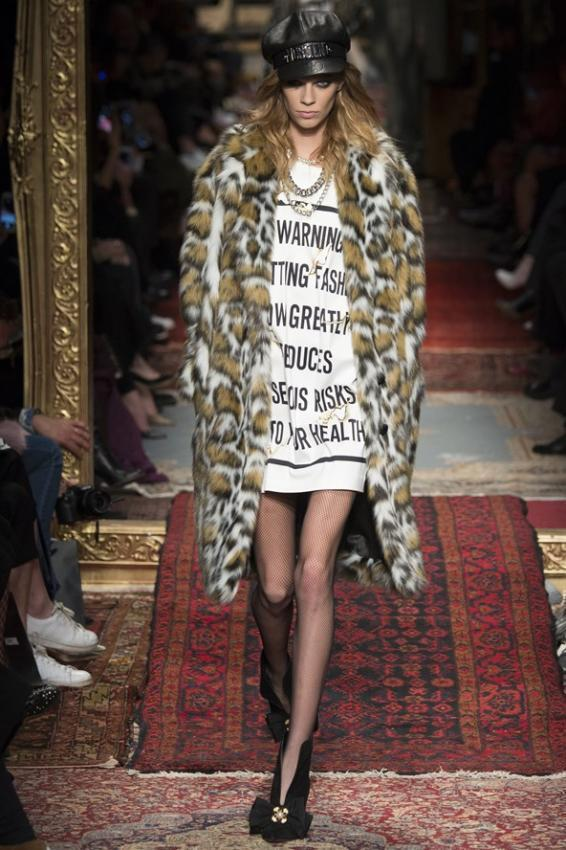 Bonfires of the Vanities. Overture from Moschino