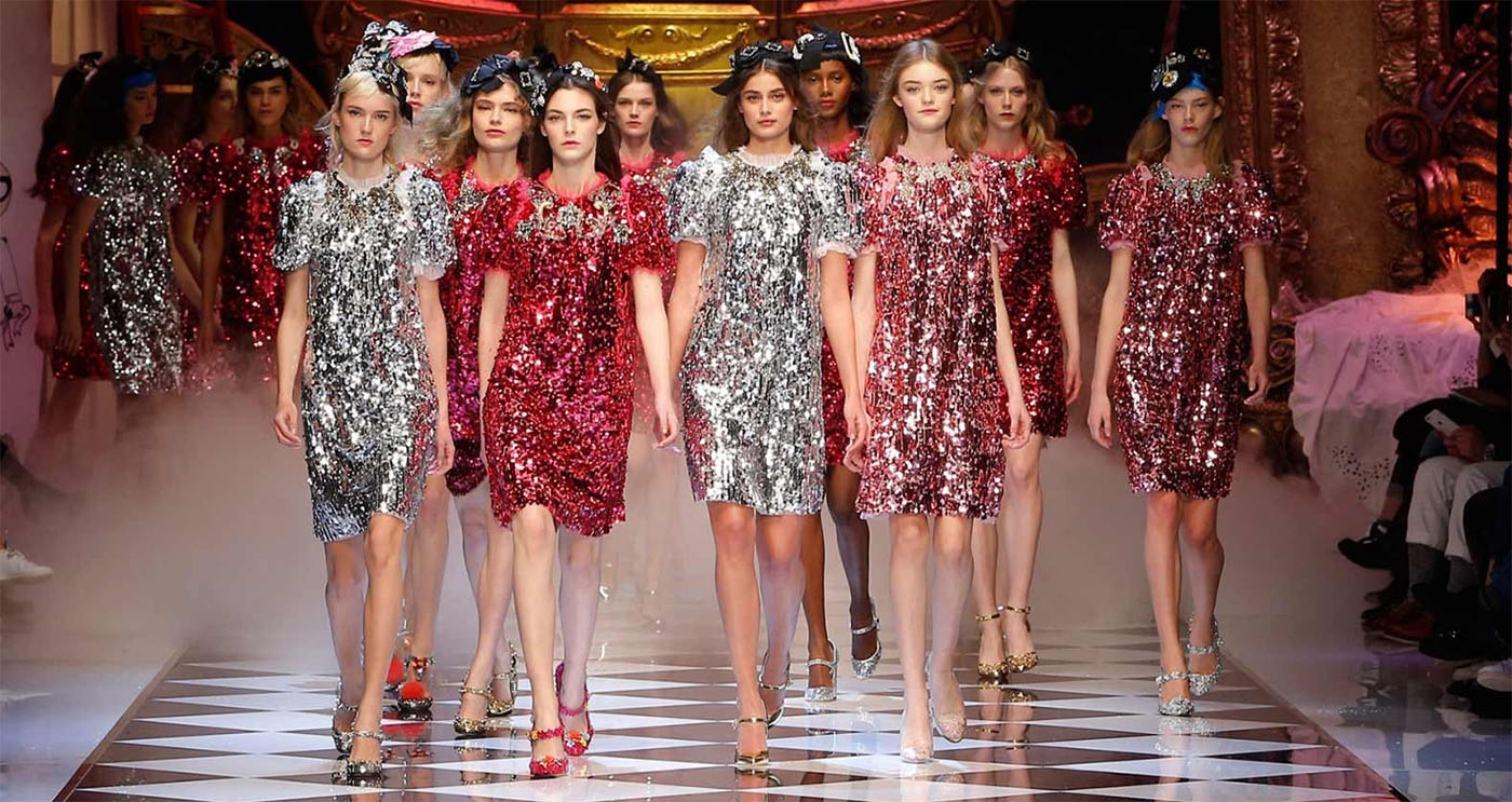 DOLCE&GABBANA Fall/Winter 2016-17 Fashion Show Fabulous Fantasy