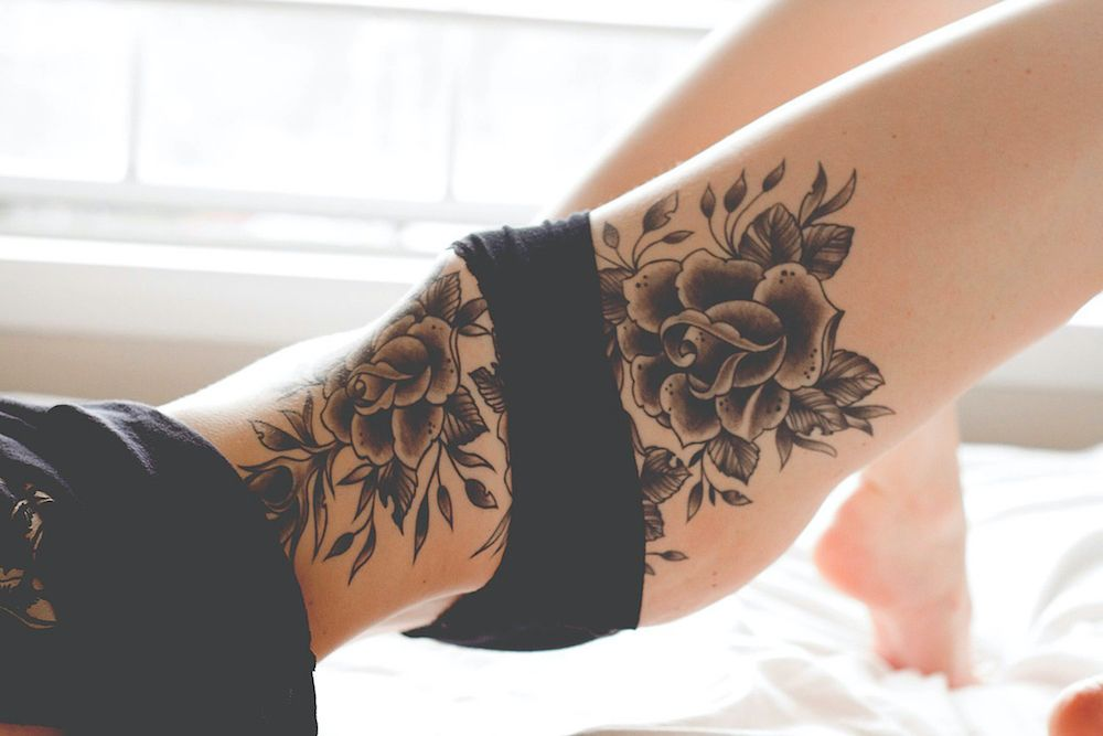 For centuries now, women have been using different kinds of adornments to embellish their bodies. They have worn expensive jewelry pieces on their body parts such as the neck, ears, nose, wrist and ankles, but one of the most popular forms of body embellishments for women is tattoo art. The art has been a part of the world for centuries now, though it has evolved with time. There are more and more women choose to wear tattoos these years. Tattoos can make our body look more appealing. Sometimes,
