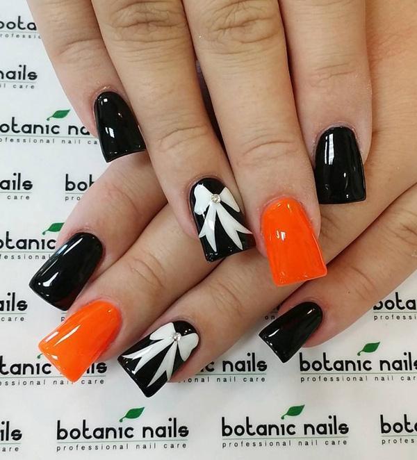 Fashion Halloween Nail Art Ideas