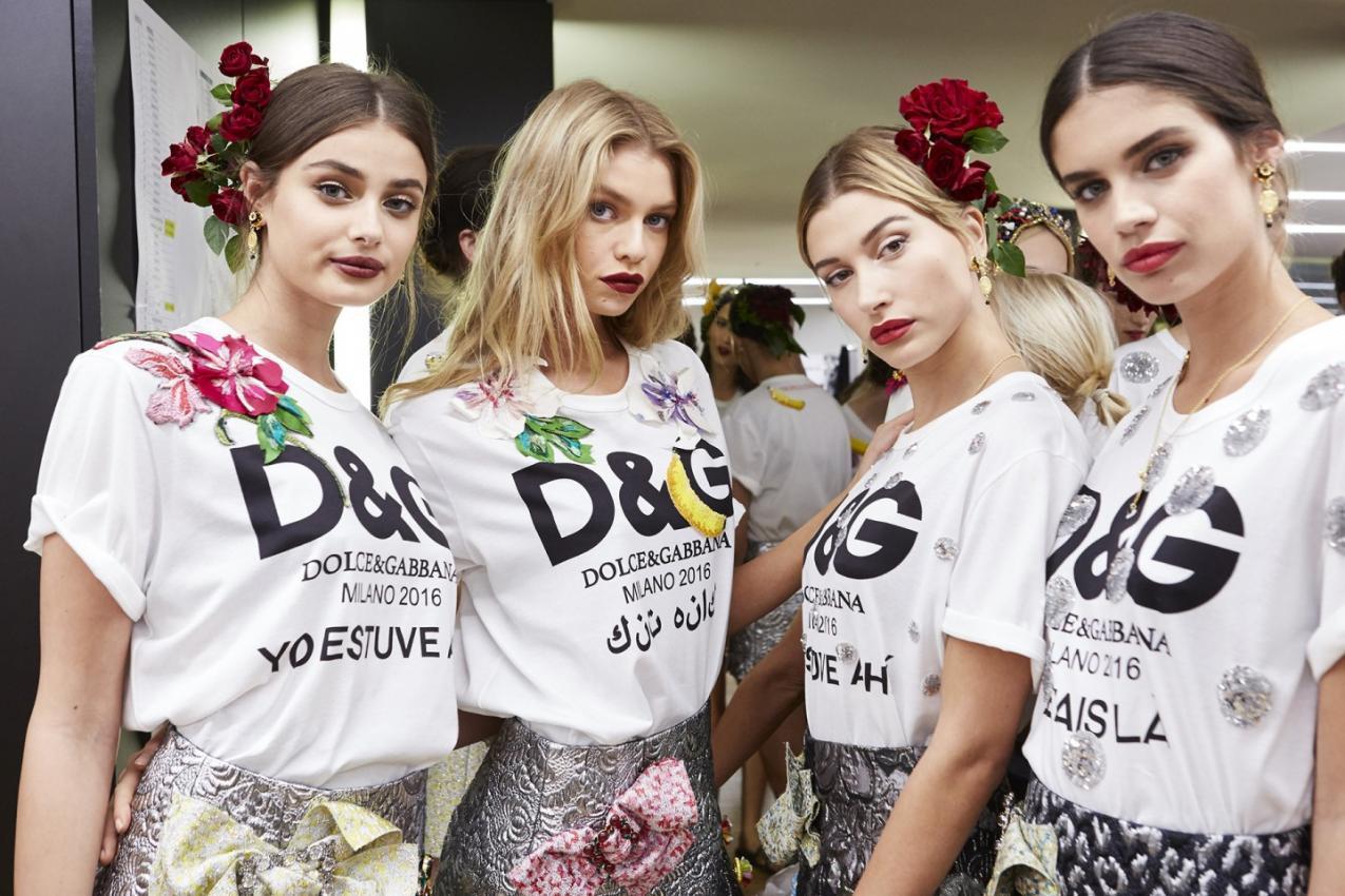 Dolce & GabbanaBackstage S/S 2017