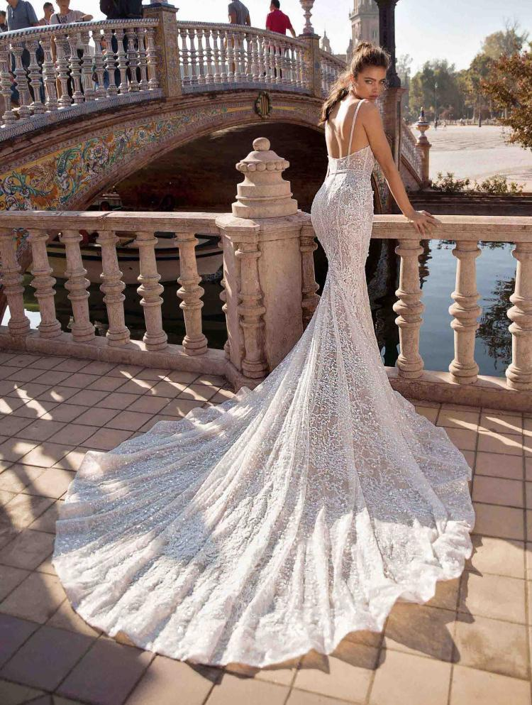 Wedding Dresses from Berta Winter 2017 Collection