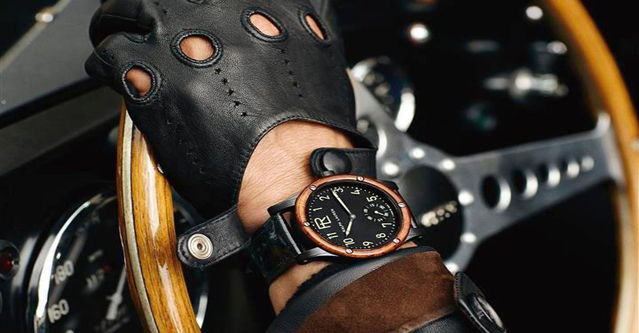 Convenience and elegance behind the wheel. We choose men