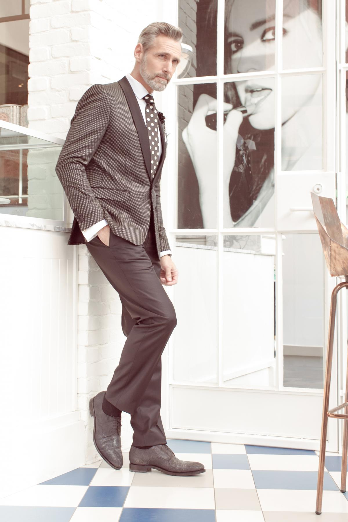 Awesome grey classic men