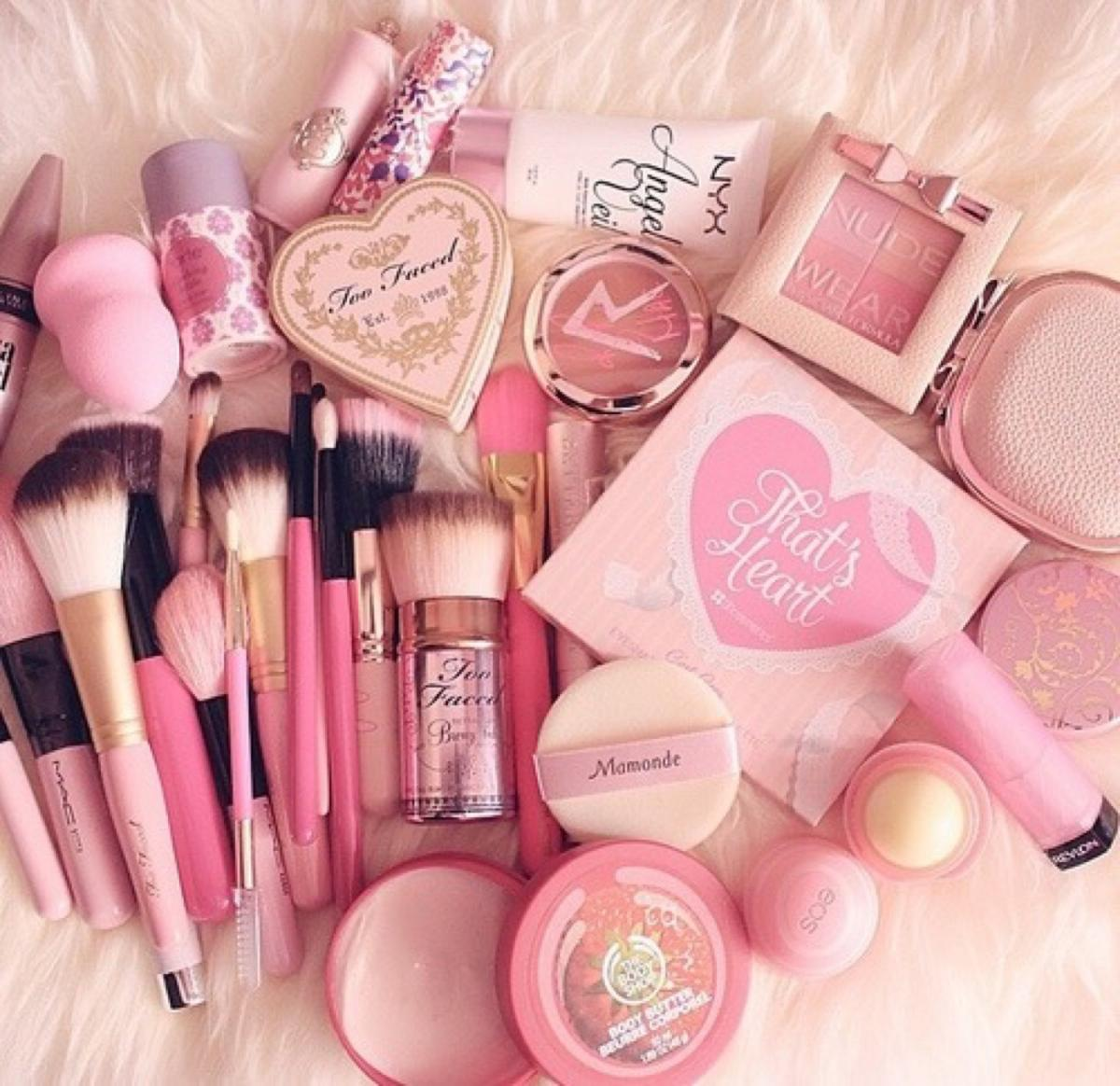 Makeup kit. All pink colours for your favourite beauty products.