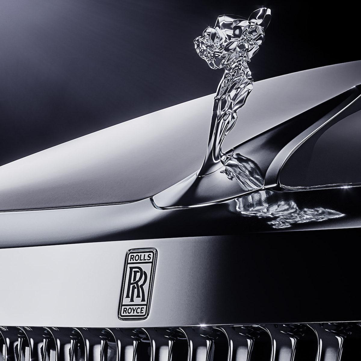 New redesigned Spirit of Ecstasy looks awesome with the new design