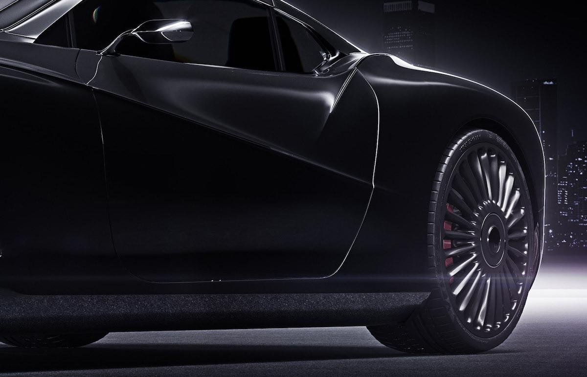Just want to seat and drive that incredible black Rolls Roys coupe