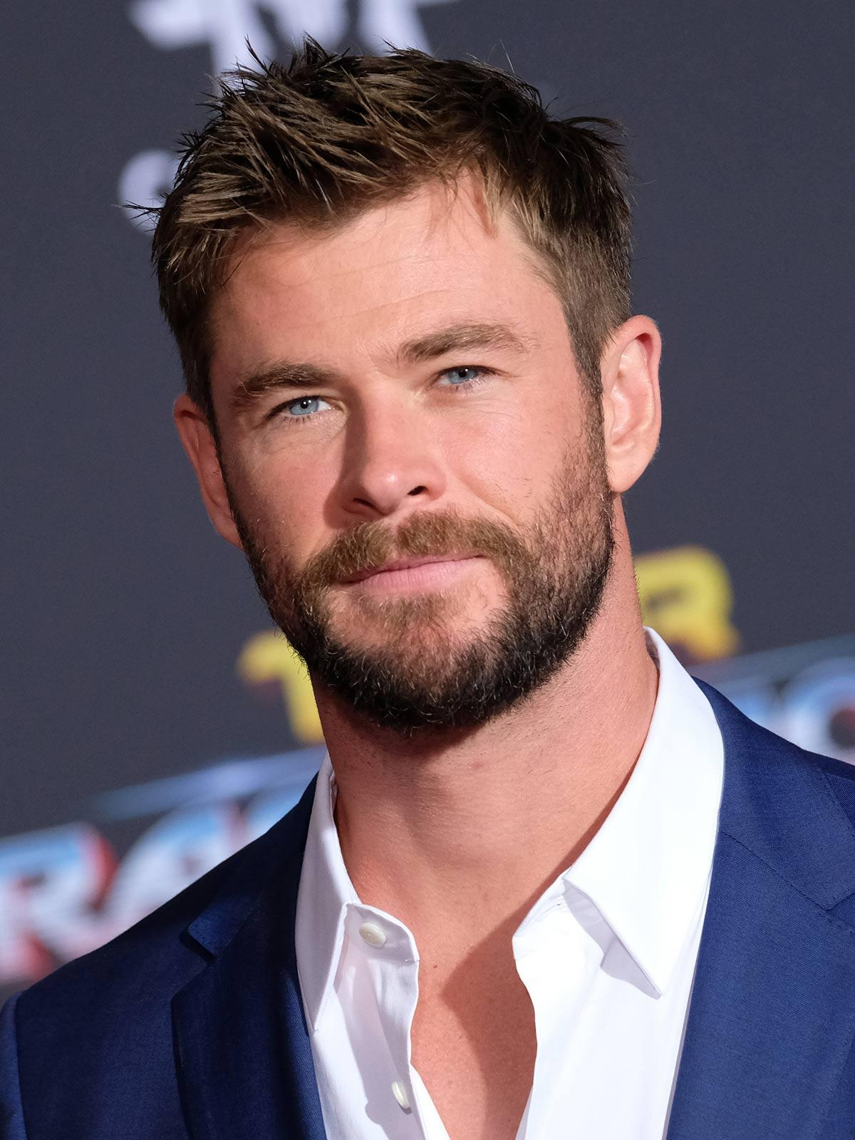 Chris Hemsworth gentleman beard style