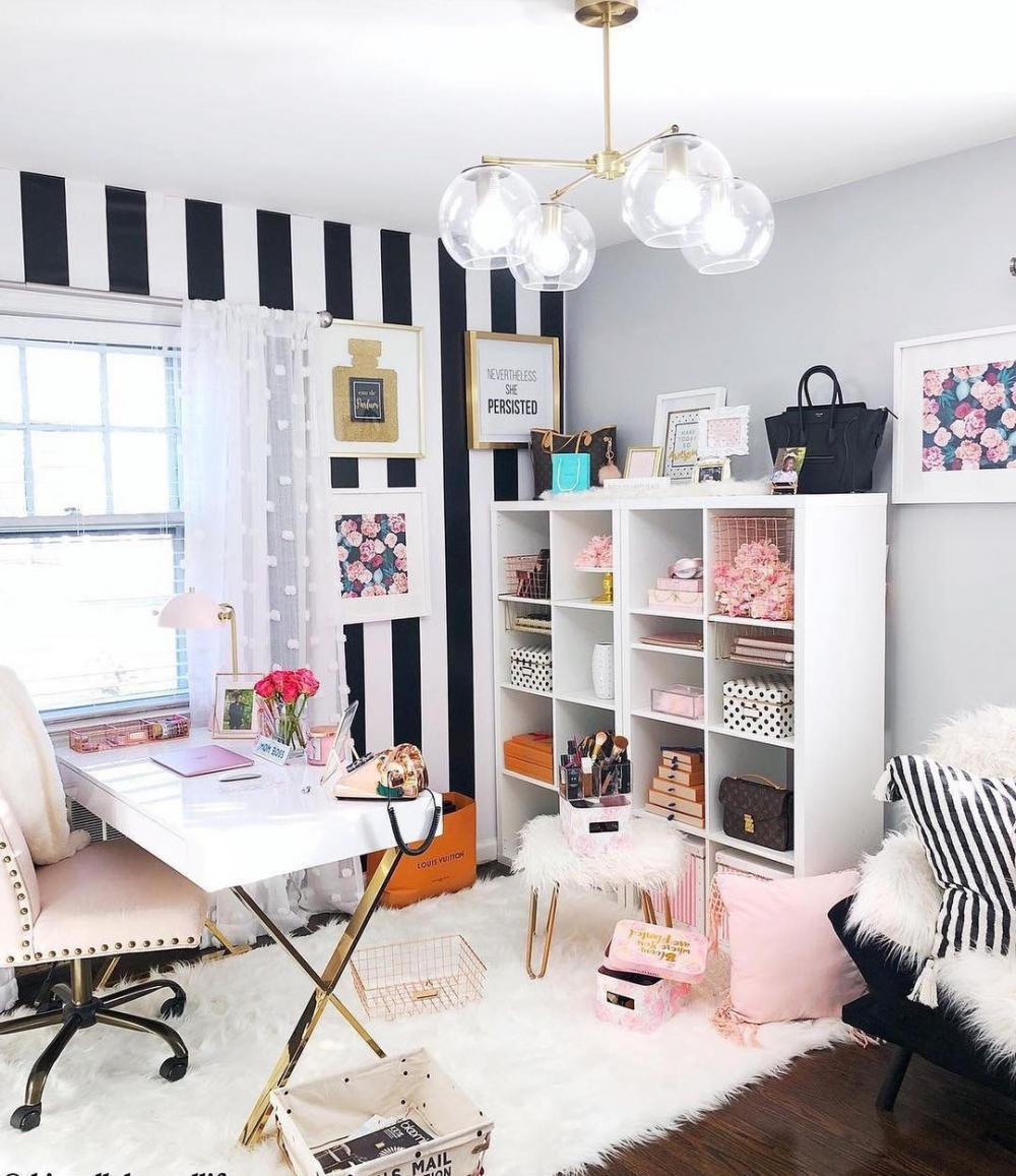 Great when you can design a whole room like a home office