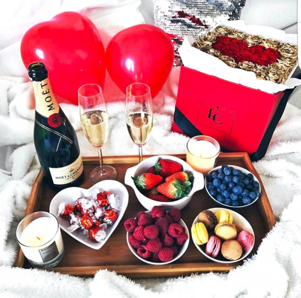 Do not forget about a bottle of champagne on V.Day