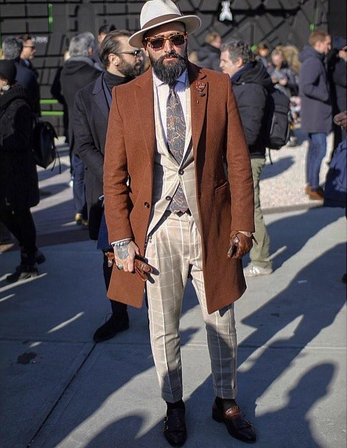 Iconic gentleman style for the cold season