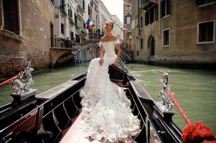 Найкращі весільні сукні. Julie Vino колекція 2018 року Венеція