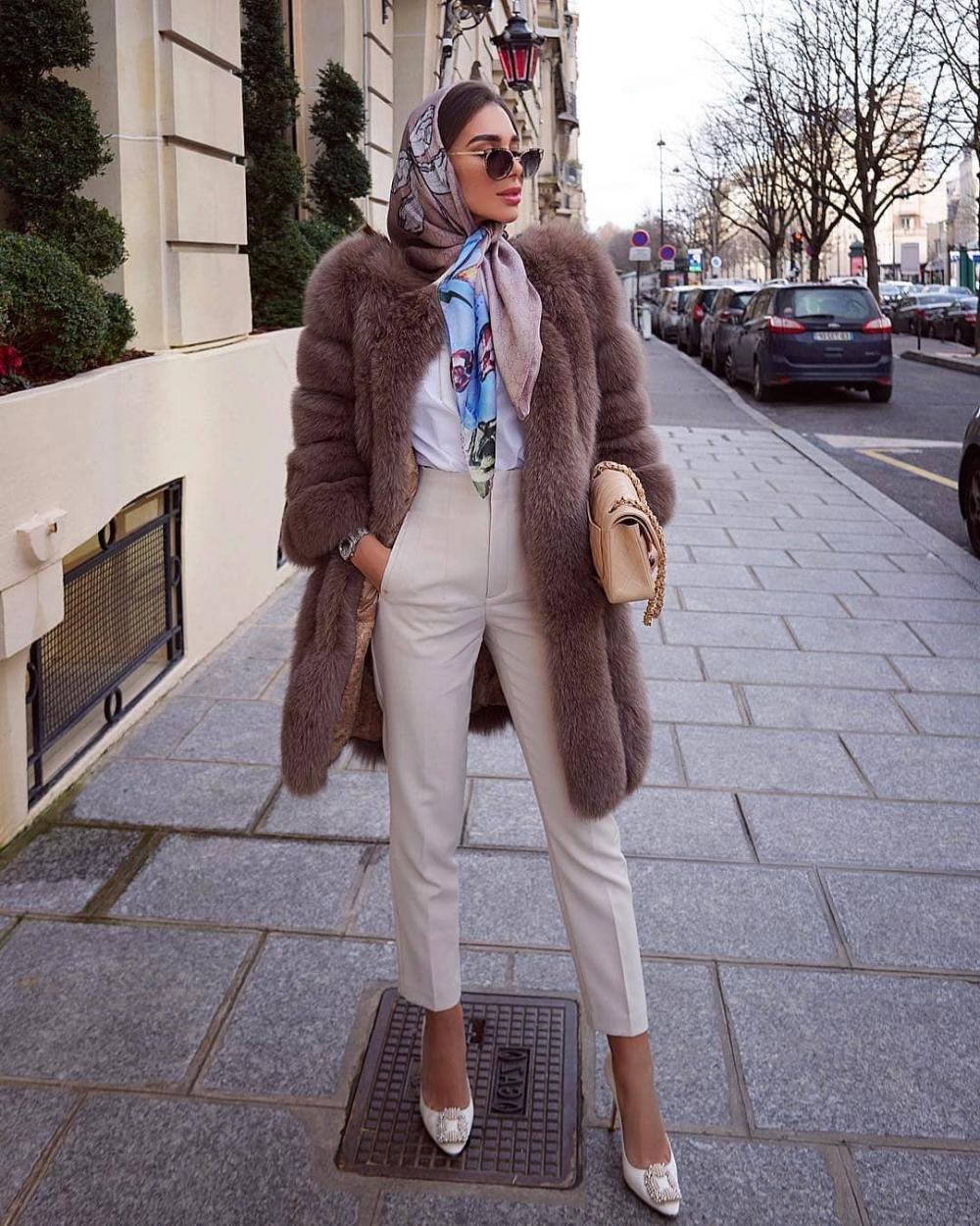 Elegant and stylish outfit for businesswoman