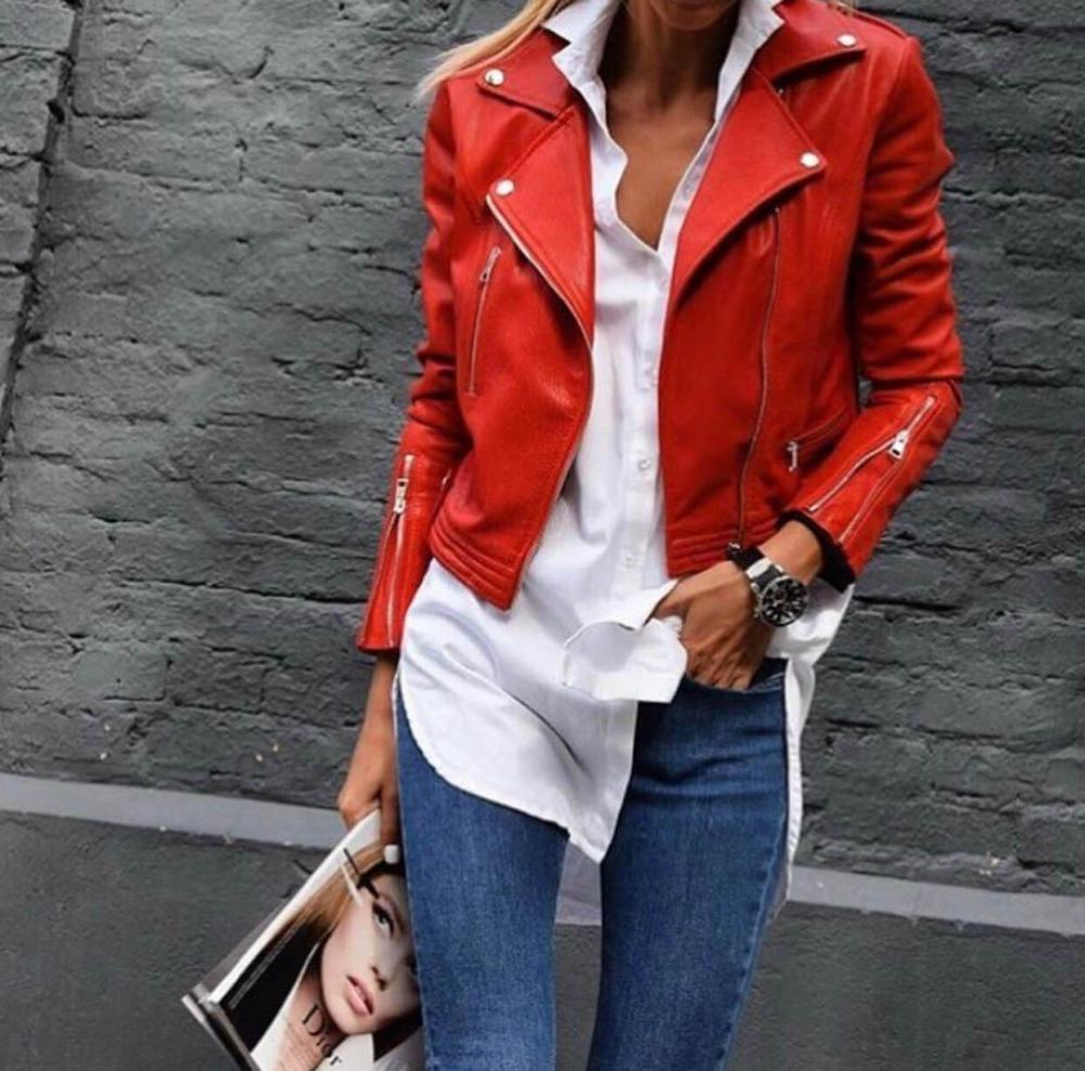 An untucked shirt turns a business look into a casual one