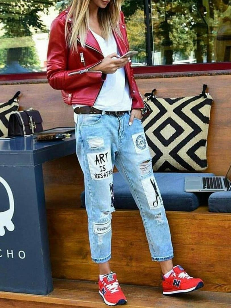 More red in streetwear for active women